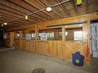 hickory-barn-stalls